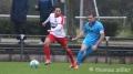 05.11.2016 - Fußball Rot-Weiß Darmstadt - Hessen Dreieich, Christopher Ngyuen (RW), Niko Opper (HD), v. li. ** foto © thomas zöller ** foto ist honorarpflichtig! ** auf anfrage in hoeherer qualitaet/aufloesung