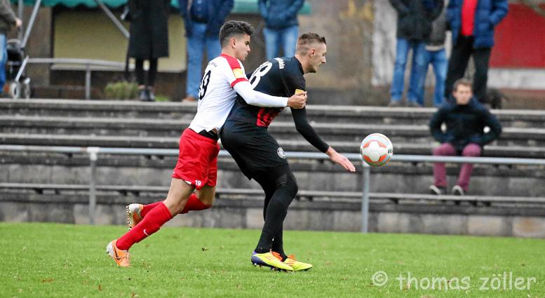 26.11.2016 - Fußball Rot-Weiß Darmstadt - SC Borussia Fulda ** foto © thomas zöller ** foto ist honorarpflichtig! ** auf anfrage in hoeherer qualitaet/aufloesung